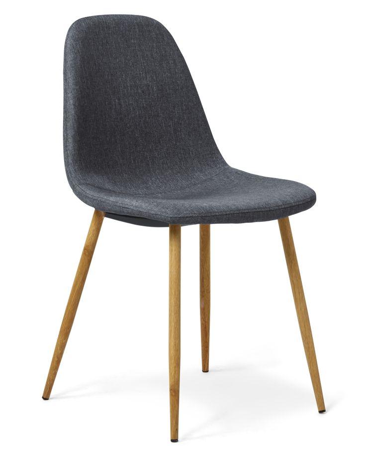 Sitt snyggt - vid matbordet, i hallen, vid skrivbordet eller där du vill ställa stolen Tracy. Den har en skön komfort med stoppad sits klädd i ett vackert grått tyg. De nätta metallbenen och den enkla designen gör att stolens andas retro och 50-tal. Vart ställer du din Tracy stol?