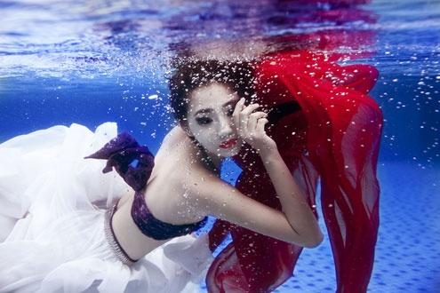 lady in the waterWater Baby, Flip Side