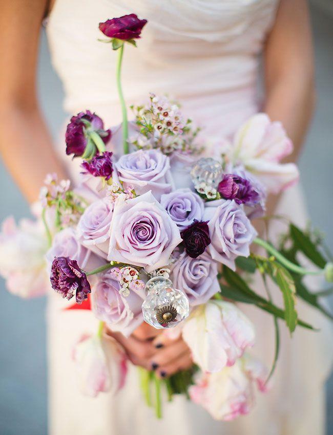 purple rose bouquet with knob
