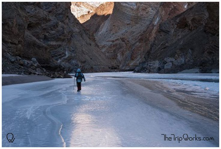 It is during the winters, the fascinating mountain ranges clad themselves with thick blankets of snow and allures trekkers from across the globe.