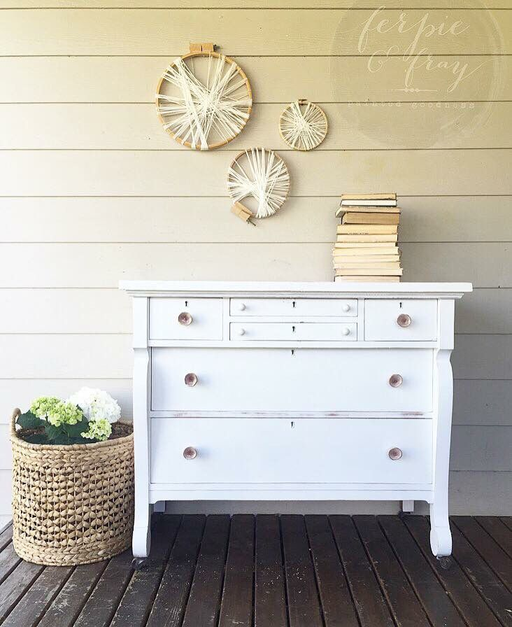 Dresser Painted By Ferpie And Fray In General Finishes Snow White