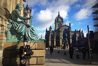 @ujjwala_n Travel diaries, Scotland streets, England, uk, United Kingdom, Edinburgh, Edinburgh castle, bag pipers, Scotland culture, Scottish, men English men, Scottish men europe, castle photography, travel photography