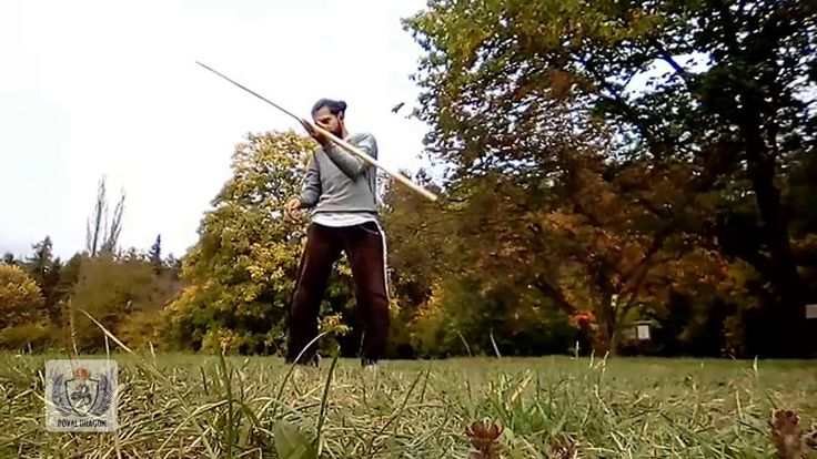 #Date: 9.10.2017 Silambam je indické bojové umění s holí. Když se cvičenec naučí boj s holí může přistoupit na trénování s mečem kyjem či ocelovým prutem. Hůl používaná k boji je dlouhá přibližně 17 m a v průměru má 5 cm váží od 05 do 1 kg. Výcvik boje beze zbraně se nazývá silambam kuttu varisai. V dnešní podobě se silambam zaměřuje na obranu proti několika útočníkům najednou kteří mají více zbraní.  Silambam (Tamil: சலமபம) is a weapon-based Tamil Nadu Martial Art of India.Silambam Martial…