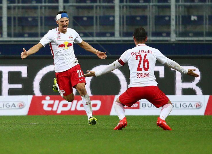 Drei Tage nach dem Erreichen des Champions-League-Play-Offs gab es in der heimischen Red Bull Arena wieder Hausmannskost zu bewundern. Der Aufsteiger aus St. Pölten war zu Gast und hatte nach dem Sieg im Niederösterreich-Derby vergangenen Sonntag auch schon ein Erfolgserlebnis in der Bundesliga zu verzeichnen. Salzburg hingegen wartete noch auf einen vollen Erfolg in dieser Saison.