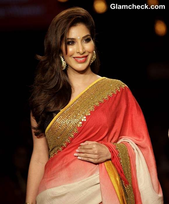 Sophie Choudry at Vikram Phadnis at LFW Summer-Resort 2013