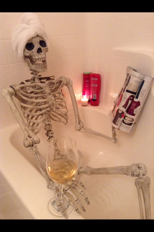 Halloween decor! #skeleton #relax Inspired by MarthaStewart.com Picture Only