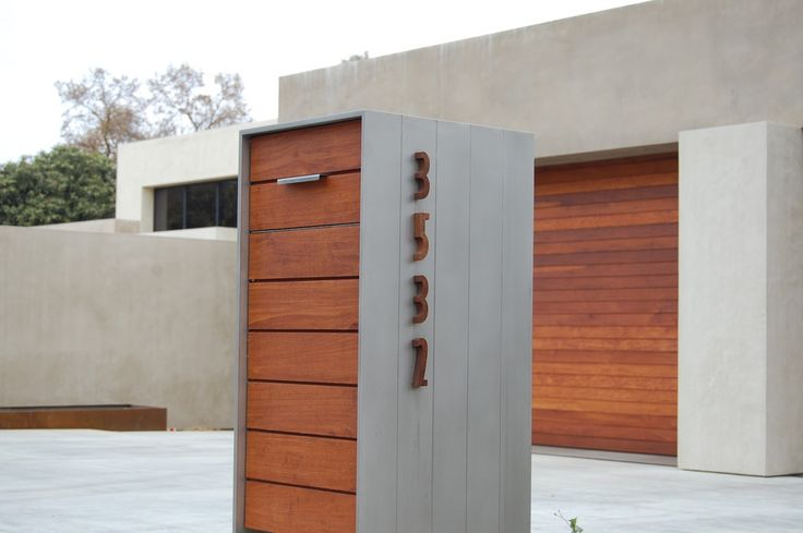 Decoration: Shocking Modern Wooden Mailbox Ideas With Brown And Grey Color For Modern Front Yard, Modern Mailbox Design Suitable For Your Gates. 600x399 pixels