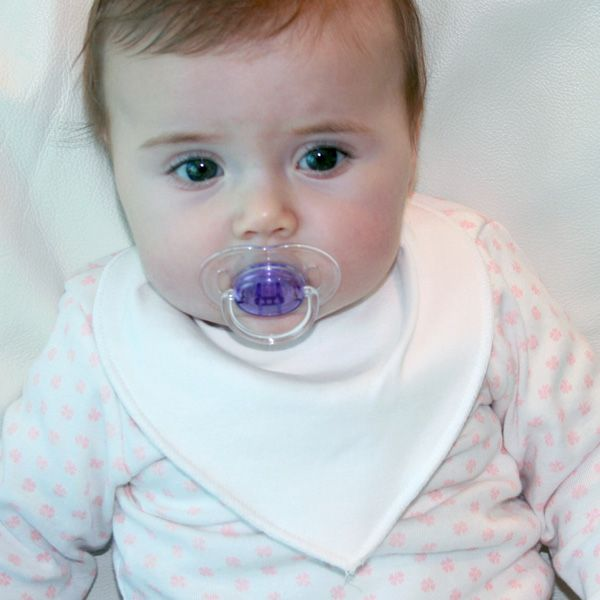 Littlemico™ Bandana Dribble Bibs are smart bandana style bibs for precious little ones. made of 100% cotton, soft, durable, and double layered in order to keep the neck and chest dry at all times.
