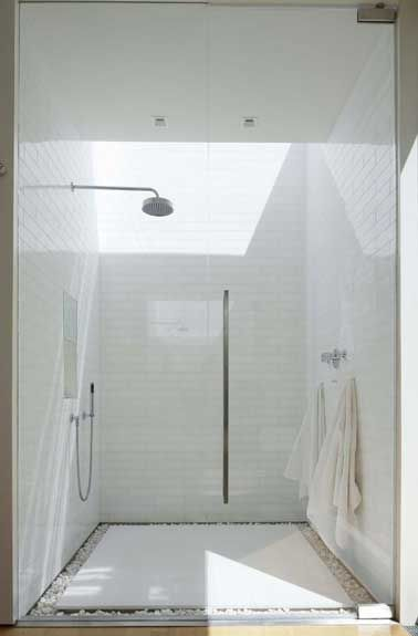 Les 25 meilleures id es de la cat gorie galet salle de for Antiderapant douche italienne