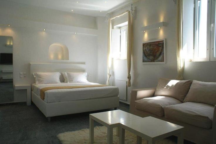 apollo-suite on Mykonos island living