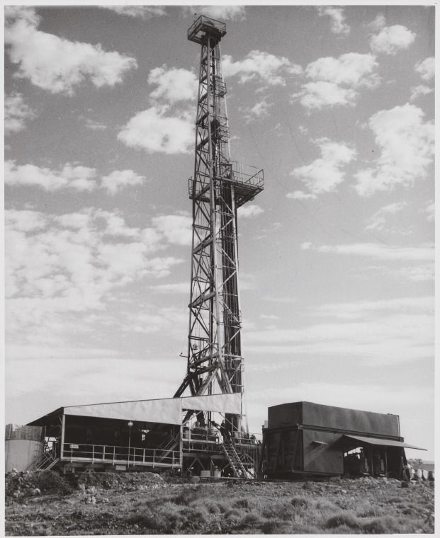 BA875/59: Drilling rig which found Australia's first flow of oil at Rough Range, 1953 http://encore.slwa.wa.gov.au/iii/encore/record/C__Rb1963783?lang=eng