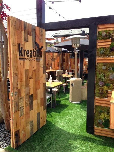 Kreation Kafe & Juicery in Venice / when in LA, you might as well embrace it