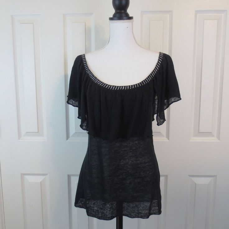 NIC and ZOE Top MEDIUM Flutter Sleeves Black with White Detail Linen #NicZoe #ScoopNeck
