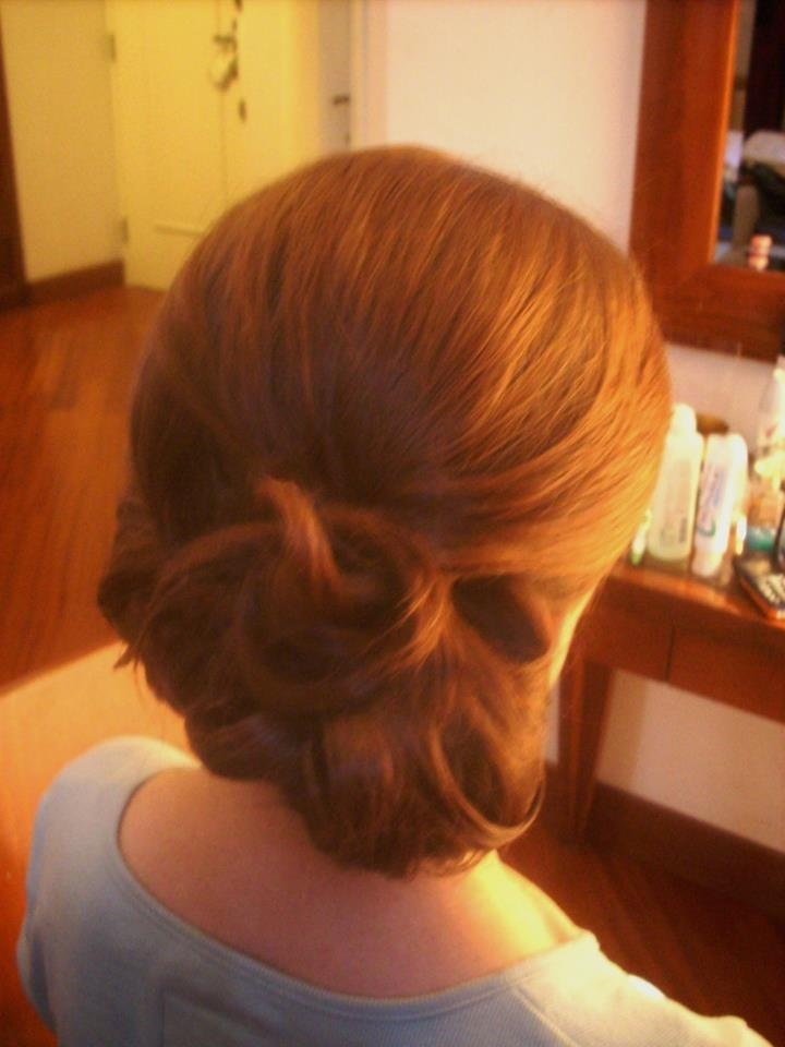 side bun by Janita / Rome, Italy http://www.hairmakeupnails-rome.com/