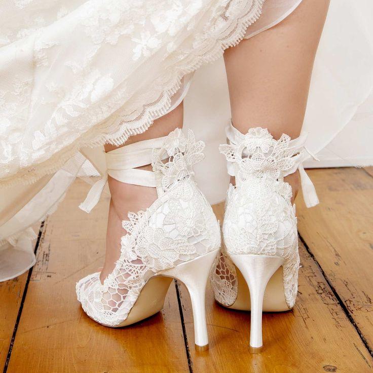 escarpins mariage en dentelle avec ruban instant prcieux - Chaussure Mariage Compense
