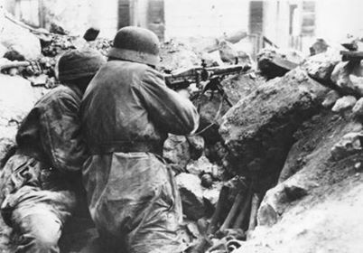 MG42 position