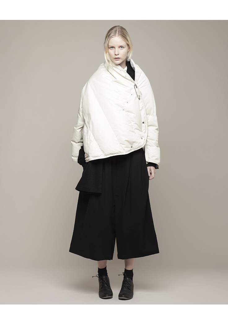 Y's / Puffer Cape