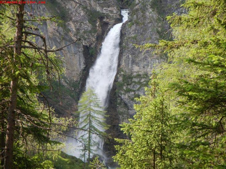 La magnifica cascata di Gossnitz - Heiligenblut - Austria http://www.ilmountainrider.com/itinerari/heiligenblut-escursione-austria/