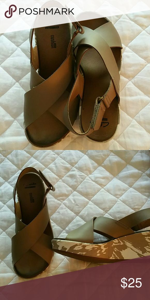 Clarks Sandals Taupe Clarks Sandals Clarks Shoes Mules & Clogs