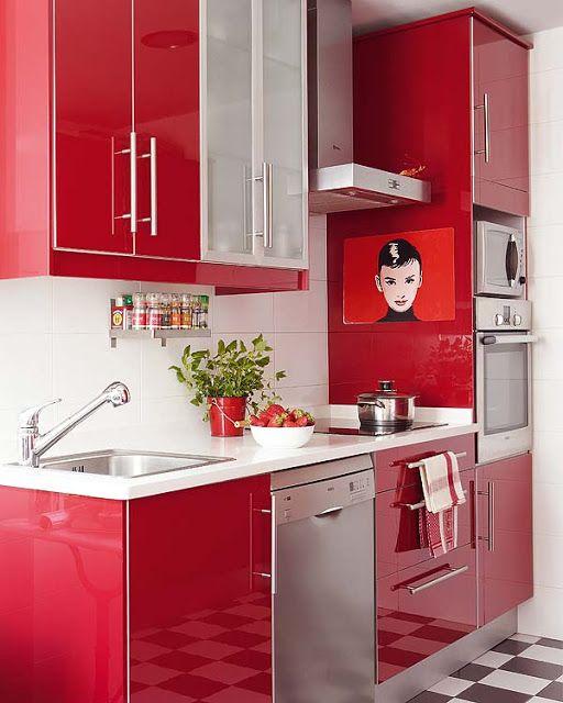 Cozinha vermelha com detalhes em preto e branco! - Jeito de Casa