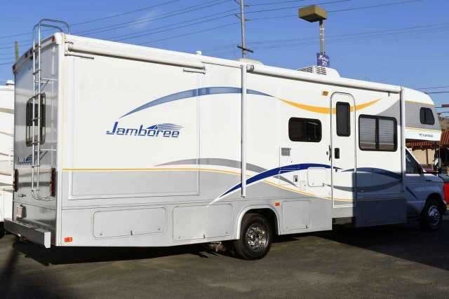 2008 Used Fleetwood JAMBOREE 31M Class C in California CA.Recreational Vehicle, rv, 2008 Fleetwood Jamboree 31M Class C motor home 31 foot long and comes with two Slide-Outs and has only 3,445 miles! It has the Ford chassis with the Triton V-10 Engine and Overdrive transmission and has 6 new tires! This coach is very big inside because of the great floor plan and living room slide out. It is loaded with equipment such as LCD TV, Electric Step, Back up Camera and Monitor, Day/Nite pleated…