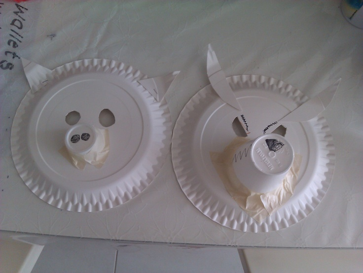 """After we paint this paper plate masks, we'll start playing """"3 Little Pigs & the Big Bad Wolf"""""""
