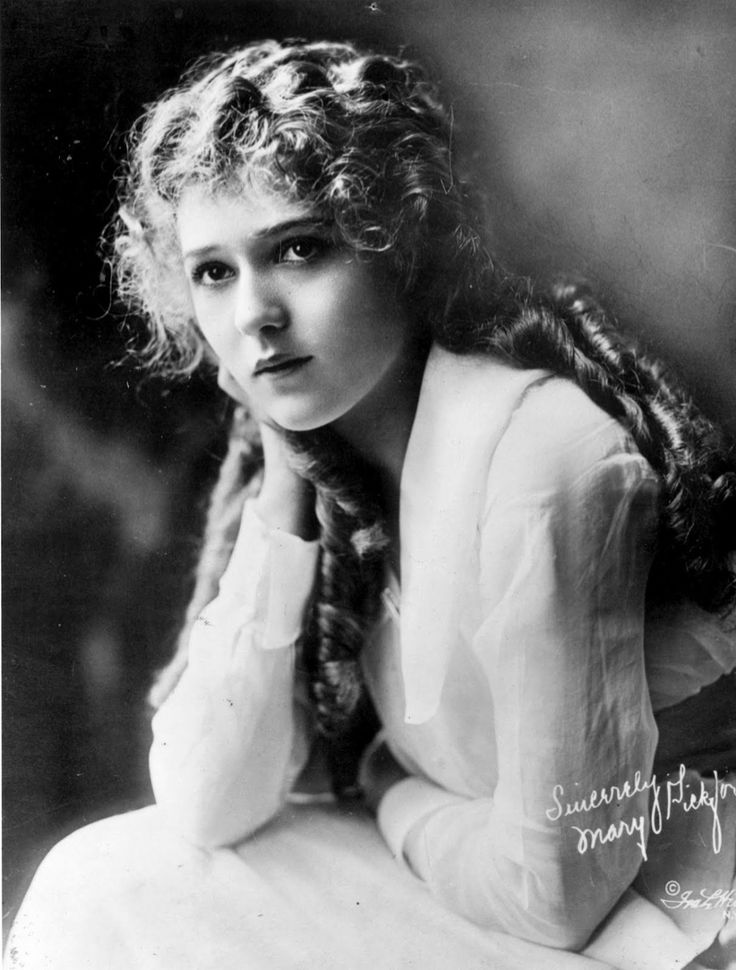 1920's Hairstyles Prepossessing 8 Best 1920S Hairstyles Images On Pinterest  Portraits 1920S