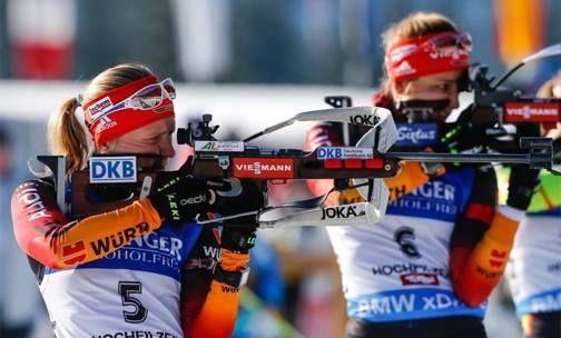 Liebe Franziska Hildebrand, liebe Vanessa Hinz, das Biathlon-WTC-Team und die VELTINS-Arena wünschen euch alles Gute zum Geburtstag. smile emoticon  Gefällt mir = Alles Gute, Franziksa Hildebrand & Vanessa Hinz!