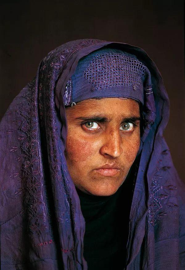 10 curiosidades sobre la foto «La niña afgana» de Steve McCurry · National Geographic en español.