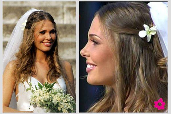 Bouquet Sposa Ilary Blasi.Trucco Acconciatura Sposa Ilary Blasi Acconciature Sciolti
