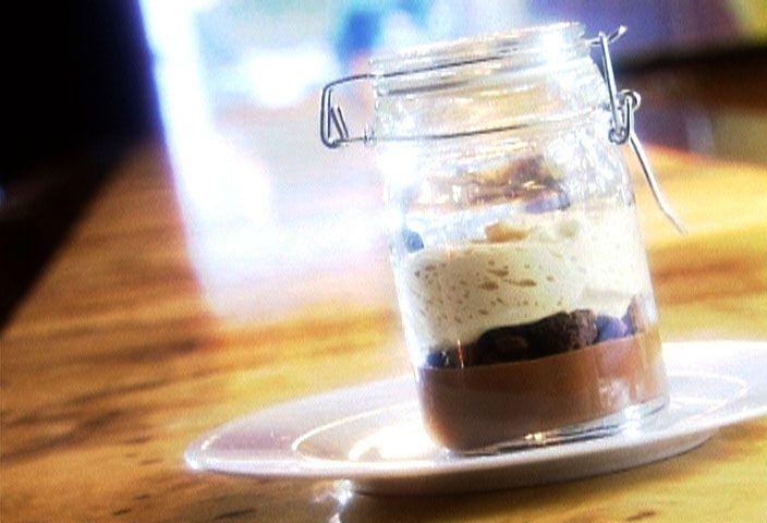 Variation du Pot de crème chocolat, caramel et sel Maldon par Patrice Demers - di Stasio - Téléquébec