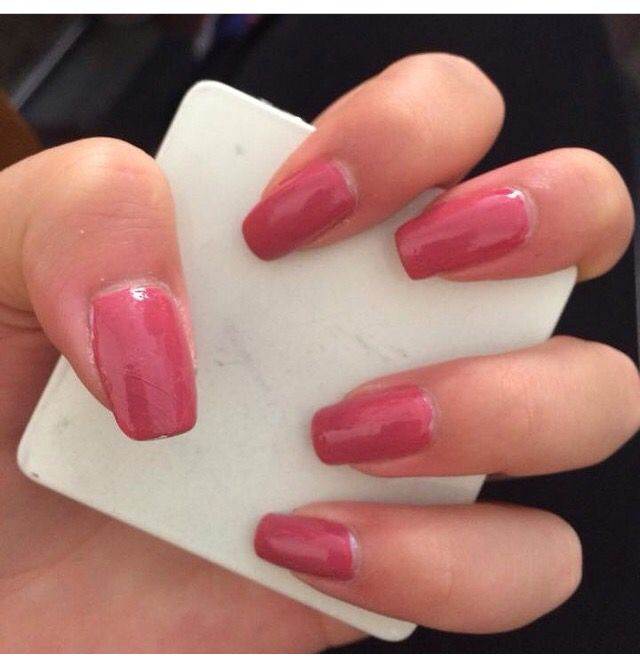 Pink pink pink!! Absolutely pink nails