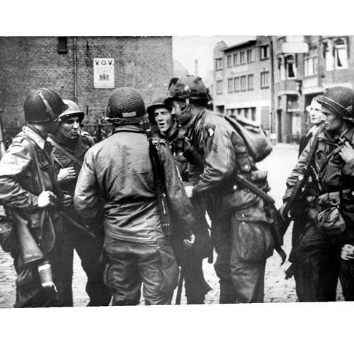 a report on the airborne assault at the battle of normandy during world war ii Operation overlord was the codename for the battle of normandy, the allied  operation that launched the successful invasion of german-occupied western  europe during world war ii  a 1,200-plane airborne assault preceded an  amphibious assault involving more than 5,000 vessels nearly 160,000 troops  crossed the.