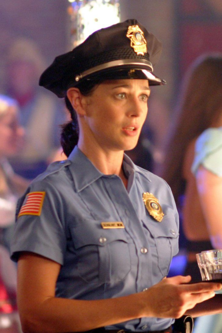 Pin for Later: One Tree Hill: Where Are They Now? Moira Kelly as Karen Roe