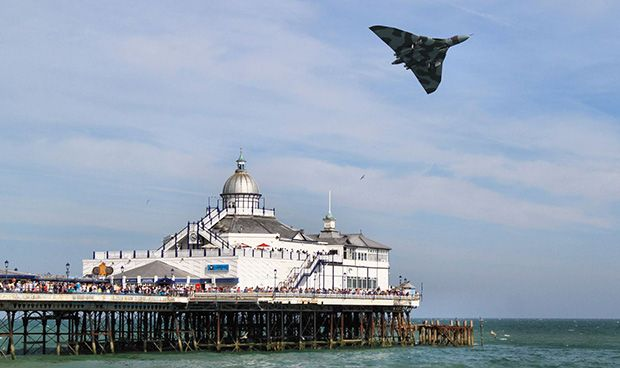 A superb image showing Vulcan to the Sky's Avro Vulcan B.2 XH558 over the pier at Eastbourne in a previous display – courtesy of Mark Jarvis and Eastbourne Borough Council.