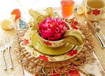 Unique Holiday Dinnerware & Place Settings ǀ Pier 1 Imports