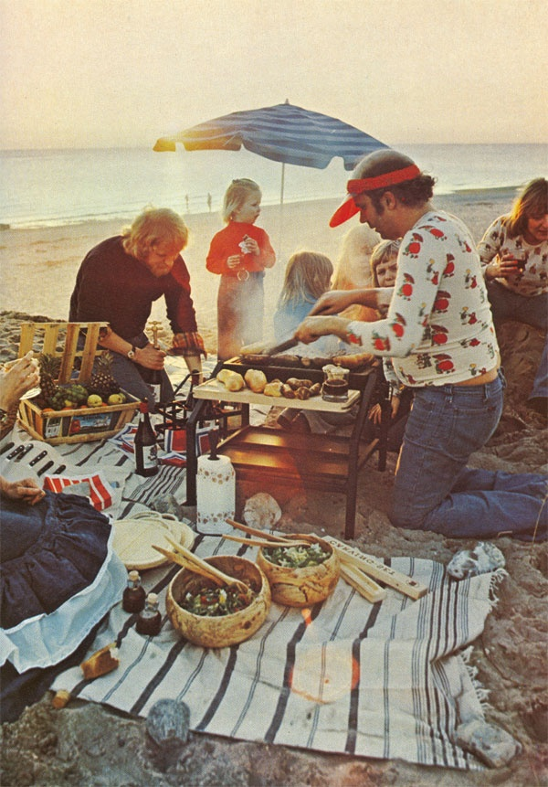 70s barbeque at the beach! Summer barbeque with the fam!!! Gotta love them
