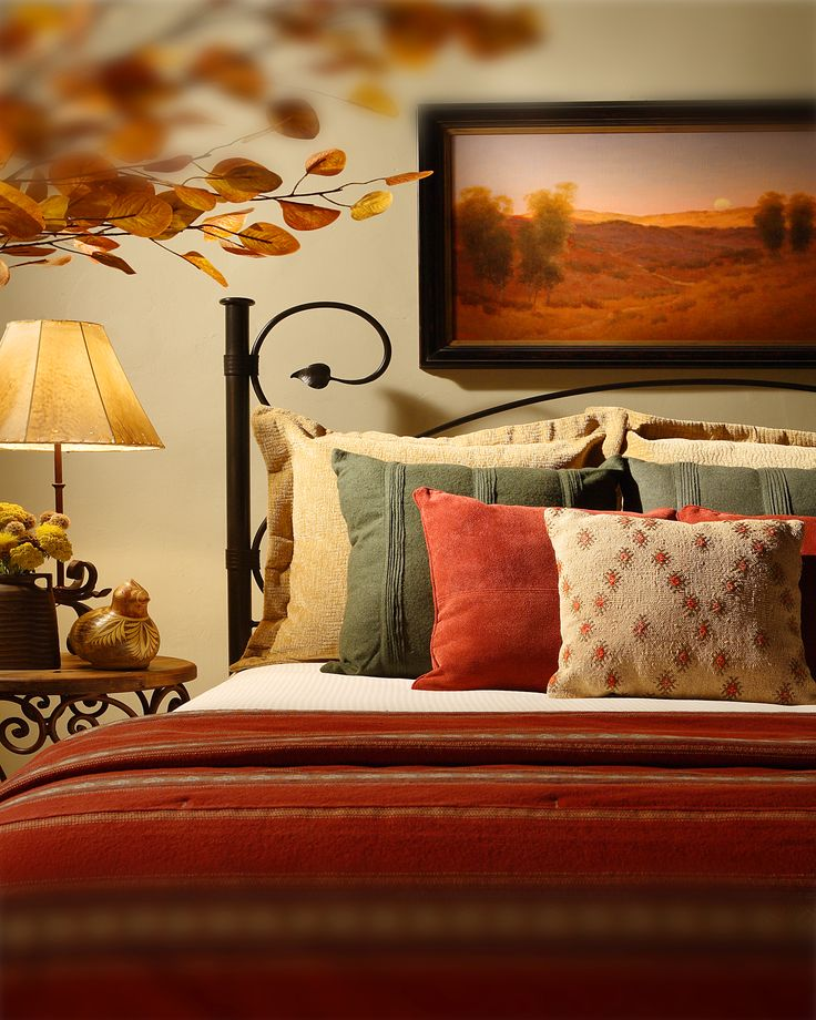 The Santa Fe resort accommodations at La Posada de Santa Fe feature luxurious bedding, beautiful Southwestern artwork, and a color palette inspired their surroundings. http://www.laposadadesantafe.com
