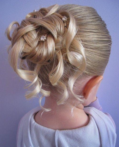 Kleine Mädchen Brötchen Frisuren