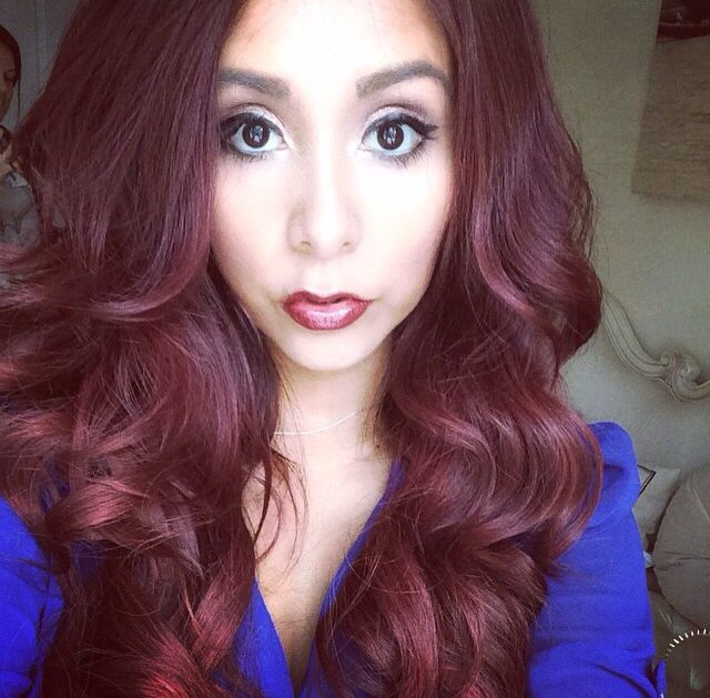 My dream hair! love Snookie's hair here! I want that color that bounce that fullness!!!