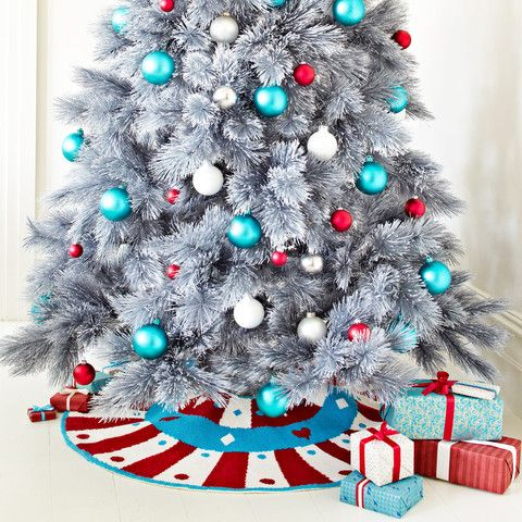 Supersize Stitches Christmas Tree Skirt Cross Stitch Kit