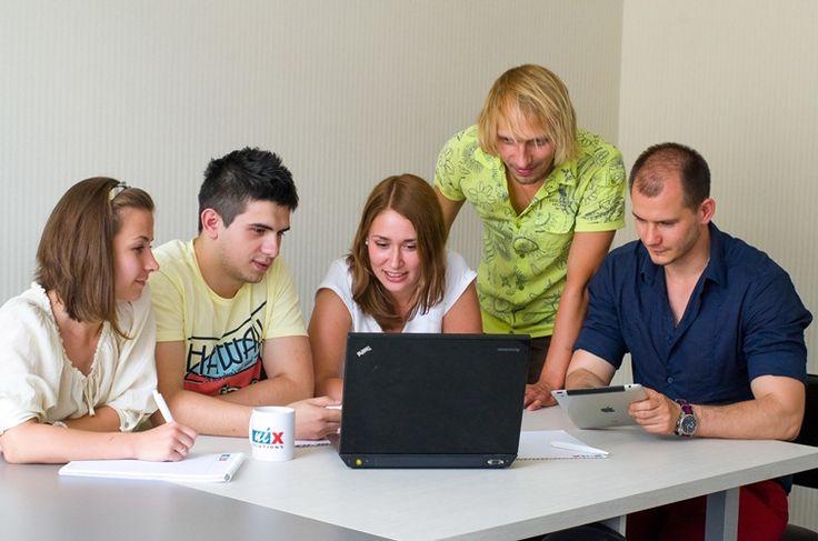 Карьера и вакансии в IT компании Харькова - Информация о карьере в NIX Solutions. Открытые вакансии, условия работы, собеседование, обучение и летняя практика для студентов.