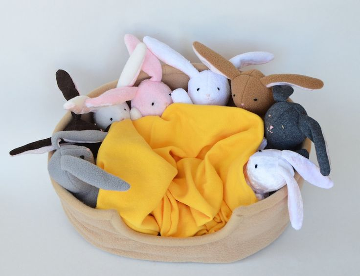 This is a simply FABULOUS bunny softie tutorial.