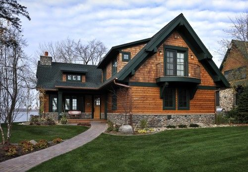 Lake Country Builders Traditional Exterior Combination