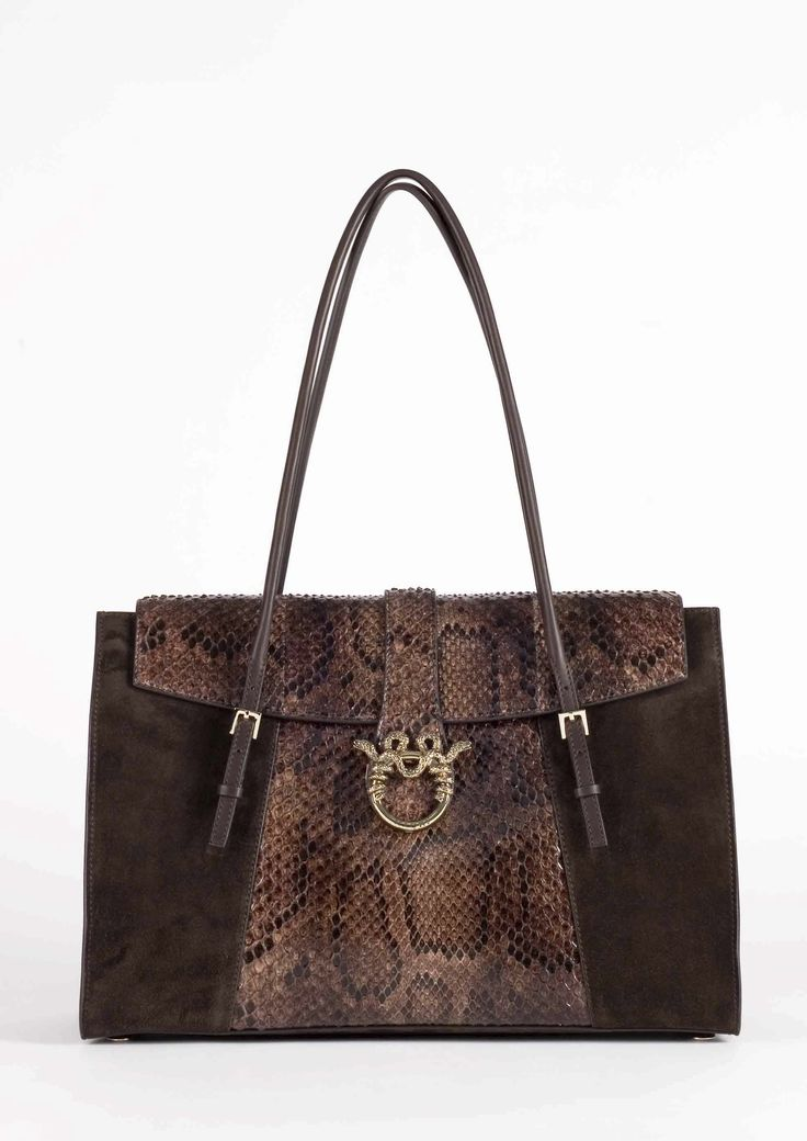 "MAGRÌ ""SATCHEL"" shown in python and suede  #magri_handbags #magri #craftedinflorence #italianstyle #TimelessElegance #Sophisticated #MadeInItaly #italianCraftmanship #ItalianGlamour #luxuryHandbags #Handbags #powerbags #magribag @magriofficial #gentlemanclub #etabetapr #magripress www.magri.com"