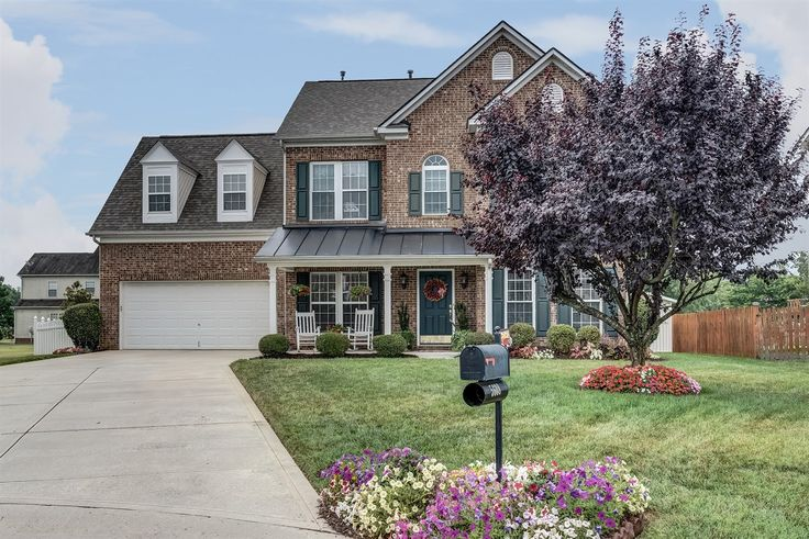 Fabulous Open, 3 Bed/2.5 Bath + Bonus Room Home in Indian Trail! Contact Wendy Richards, Keller Williams Realty - Ballantyne, 704-604-6115 for more information.