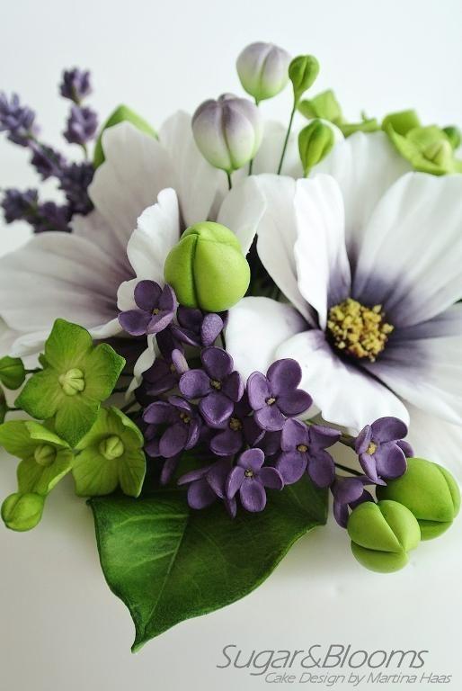 Sugar flowers cake, Cosmea, lavender, hydrangeas and lilacs out of sugarpaste, gumpaste craftsy.com/  cake decorating ideas