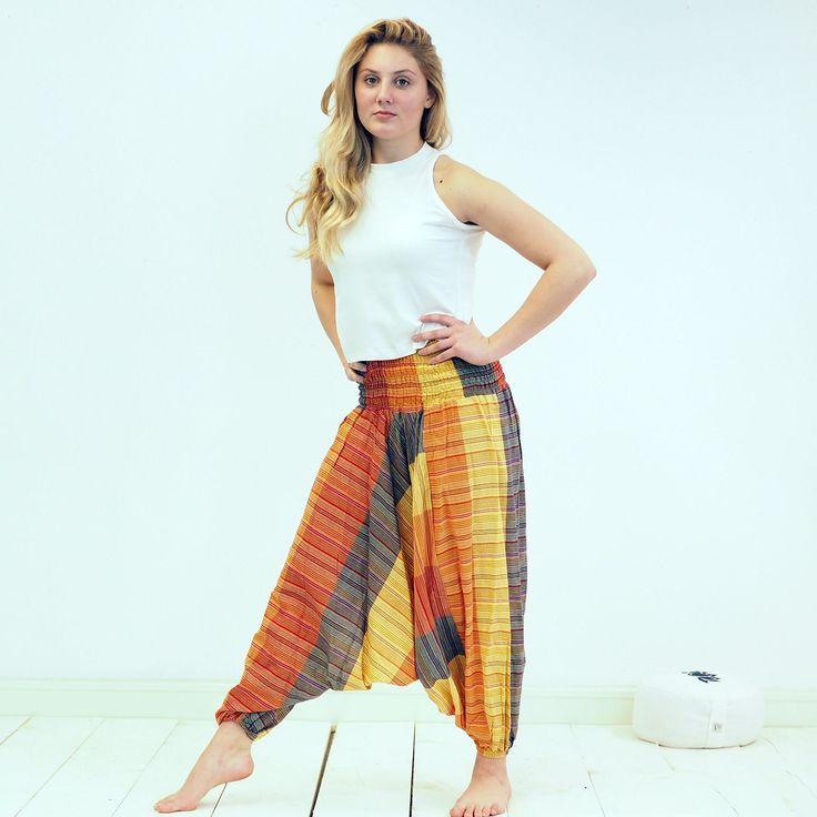 Hippie Broek Oranje Gestreept - Hippie kleding uit Nepal -  Bekijk in de Patipada webshop https://patipada.nl/yogameditatie/hippie-broek-hippie-kleding-nepal/