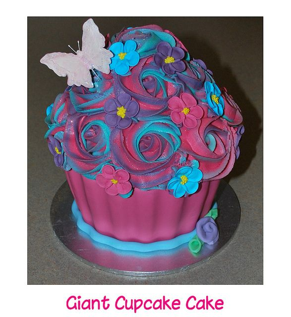 giant cupcake cake | Flickr - Photo Sharing!