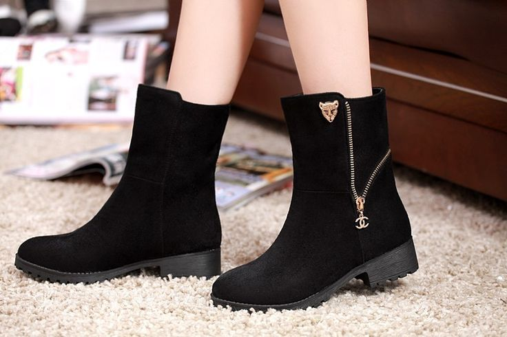 Amazing boots, perfect for a lot of outfits, I hope these will be mine.